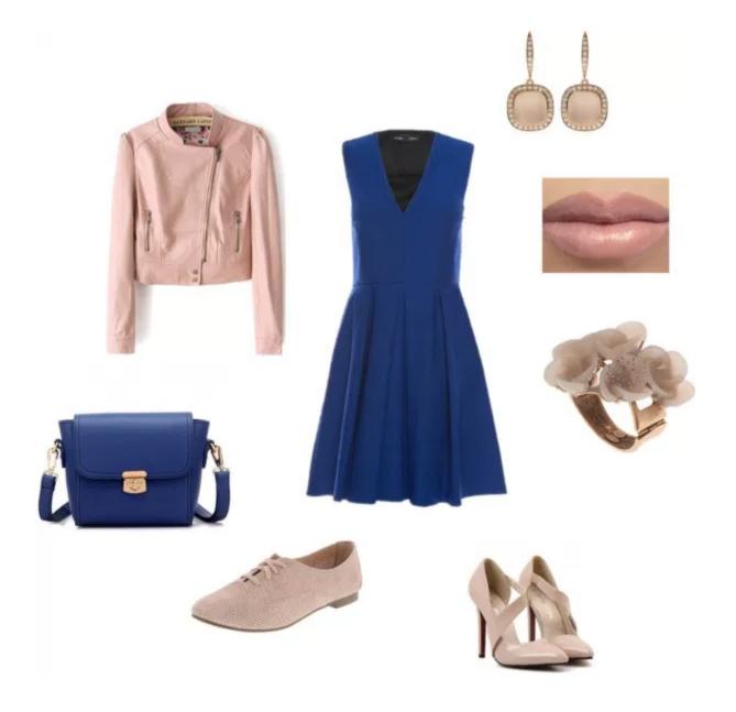 Come indossare il Classic Blue di annaturcato contenente cocktail jewelry